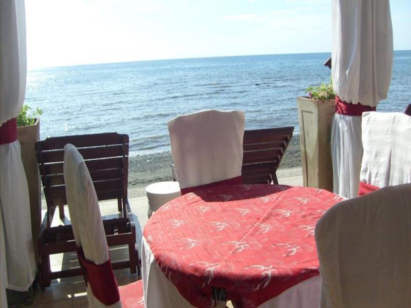 Villa Agung Beach Inn ホテル詳細