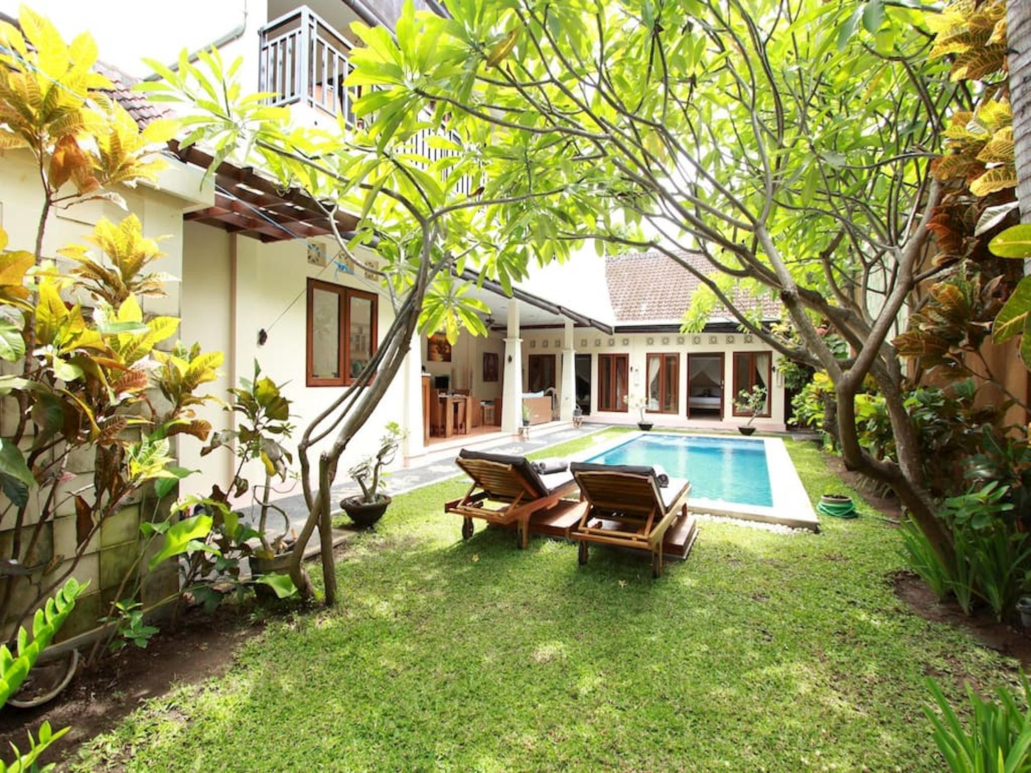 3-bedroom villa anggrek ホテル詳細