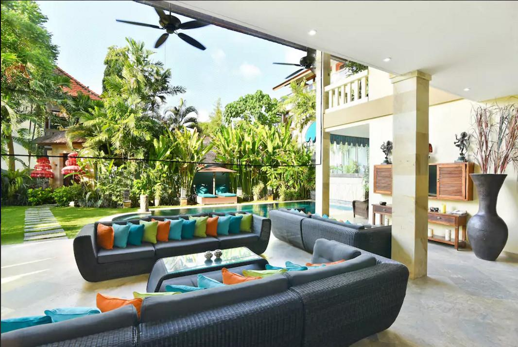 3BR Villa Seminyak with Private Pool ホテル詳細