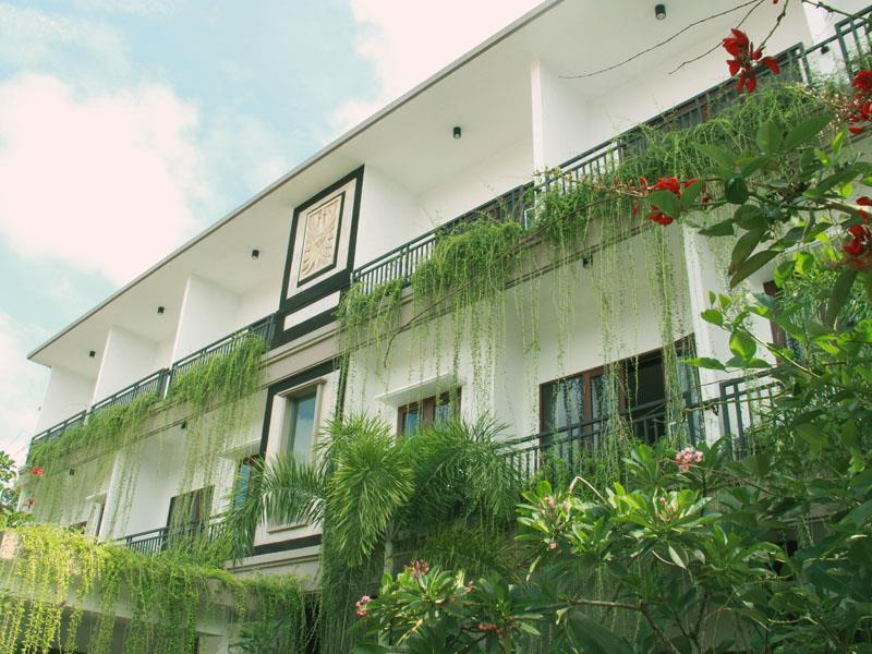 Bali Krisna Apartment and Villa Seminyak ホテル詳細