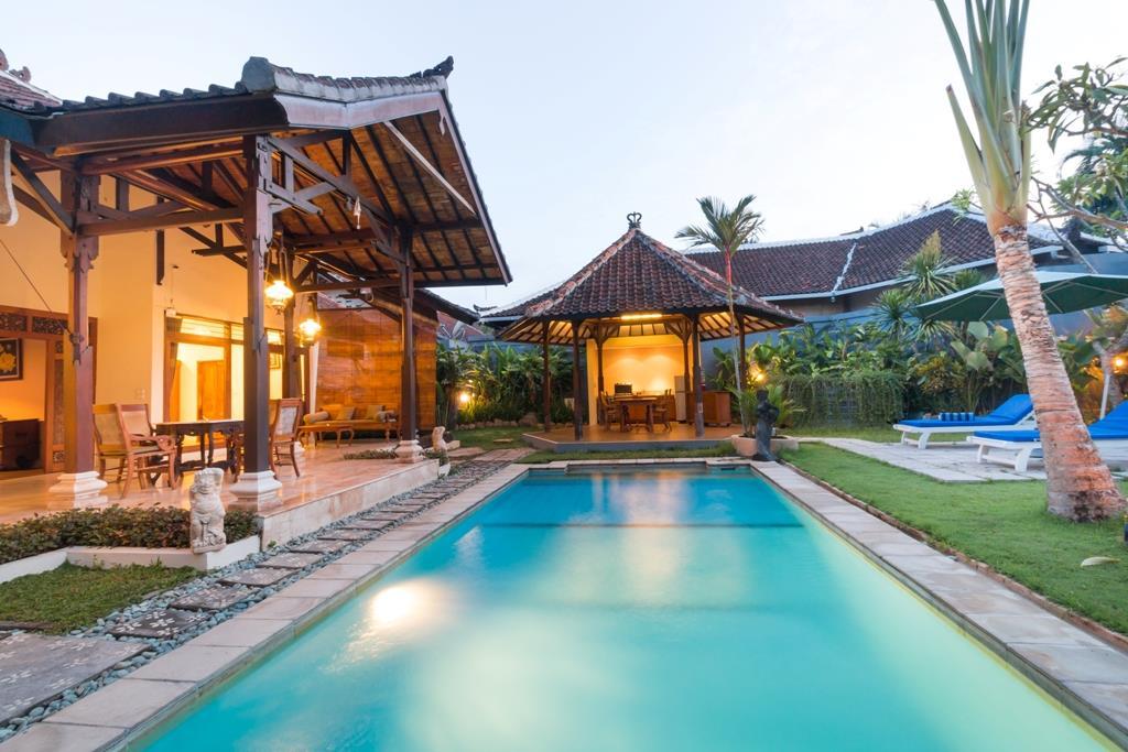 Bali Royal Heritage Villas ホテル詳細