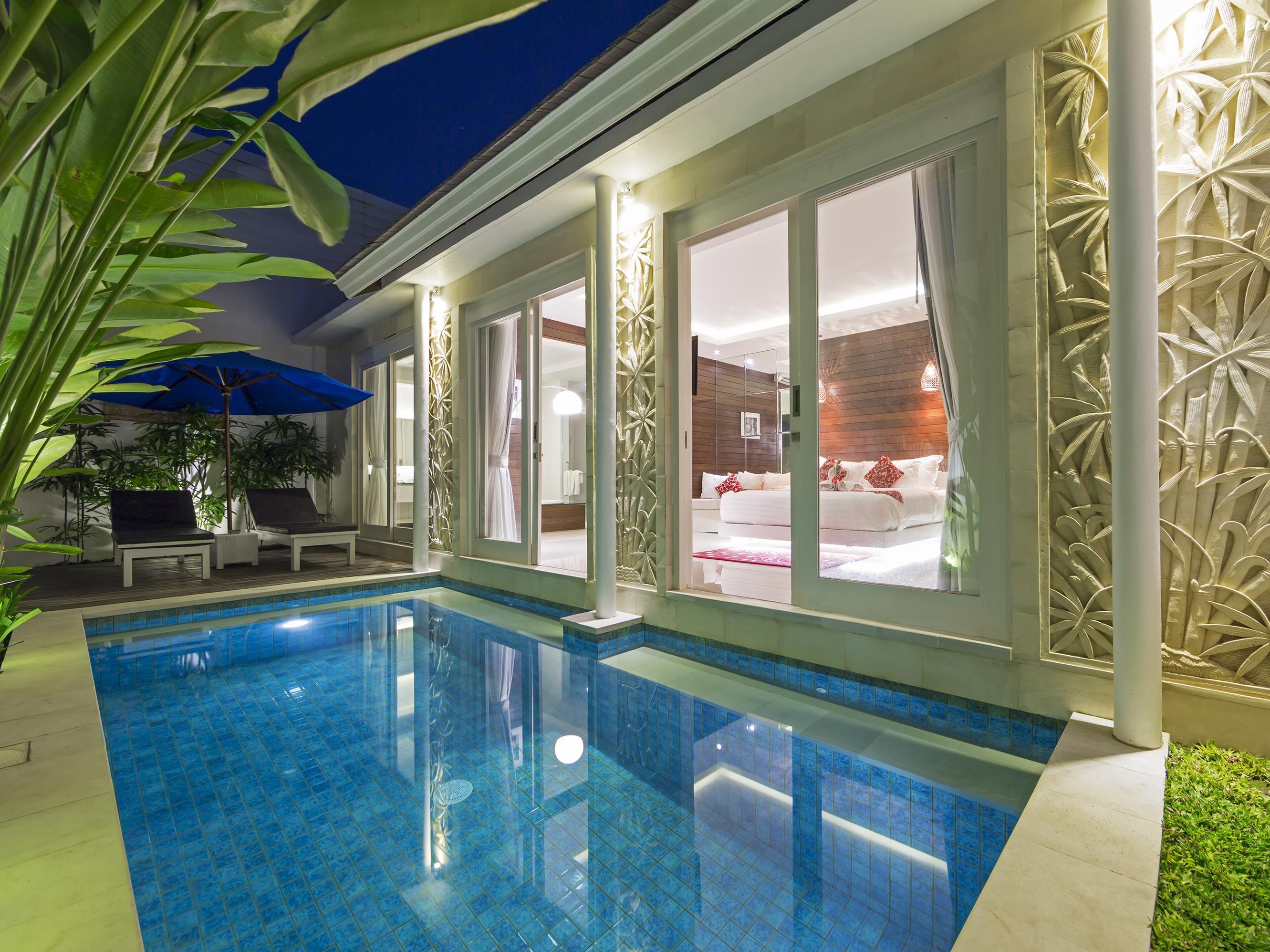 Crown Bali Villa Seminyak ホテル詳細