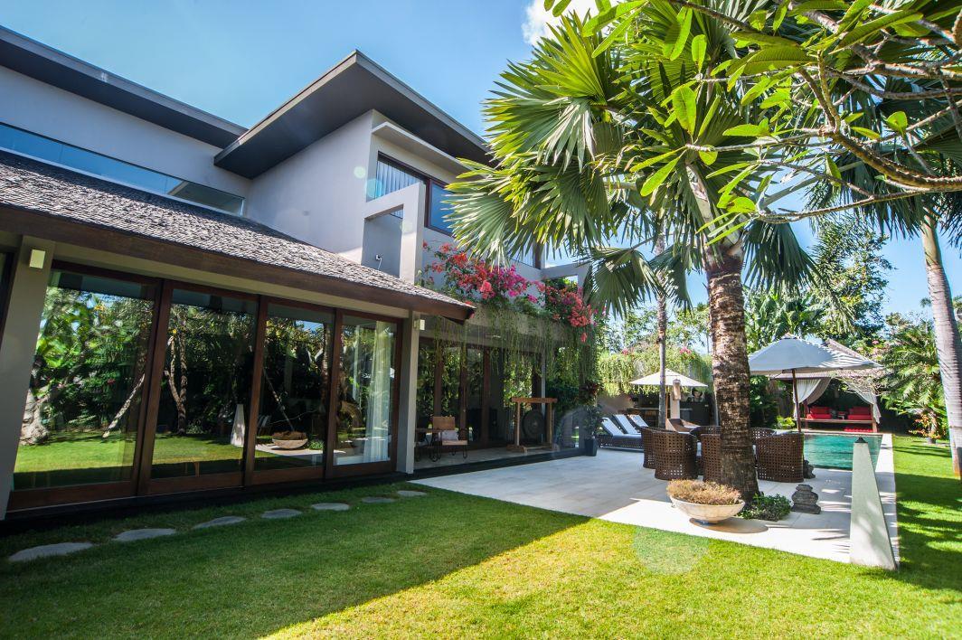 Luxury Villa Kameha Meha ホテル詳細