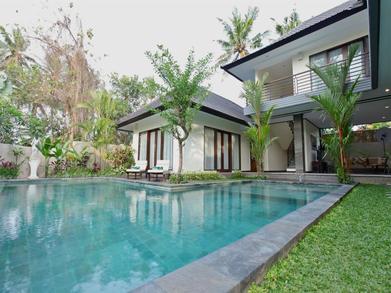 Umadauh Villa - Padang Tawang Canggu ホテル詳細