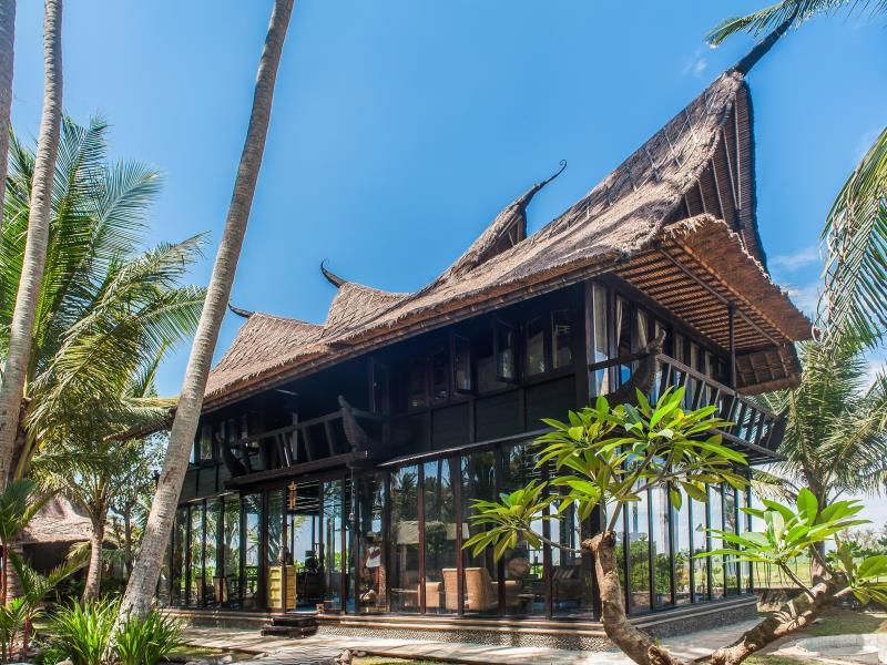 Most Exotic Beachfront Villa Keong ホテル詳細