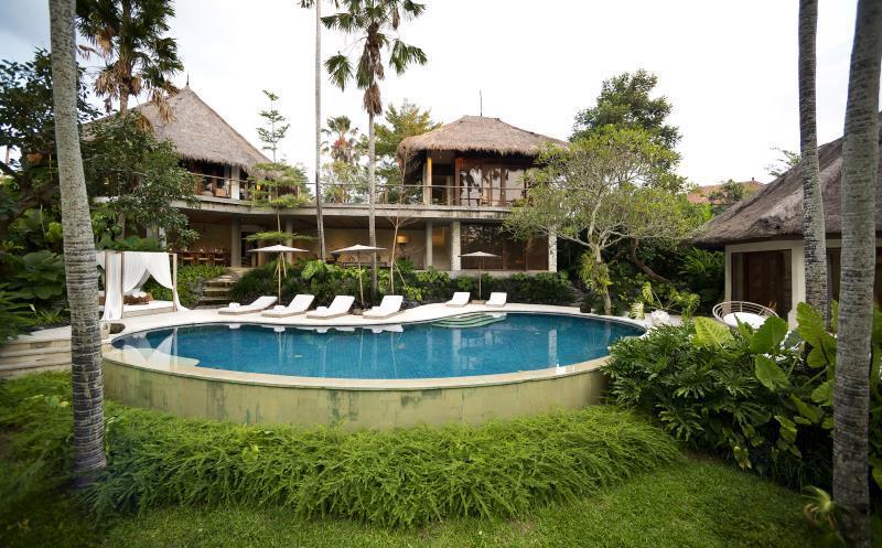 Planta Luxury Villa ホテル詳細