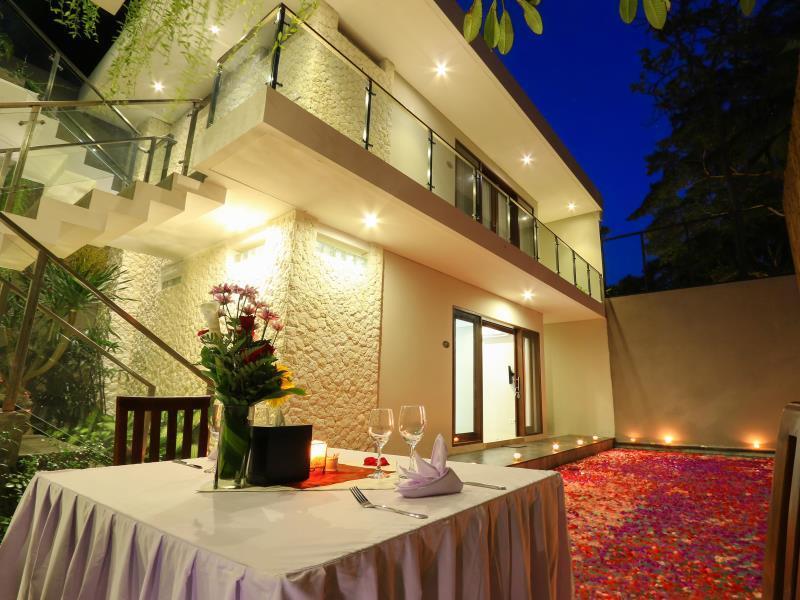 Royal Kriyamaha Villa ホテル詳細