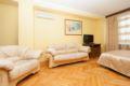 3-room apt. at Novyy Arbat, 26 (120) ホテル詳細